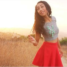 YouTuber = mylifeaseva she is amazing and beautiful absolutely love her style and with a bubbly personality. So check her out! http://instagram.com/p/bwqW2zsUQP/