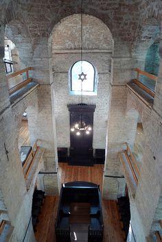 Sarajevo, Bosnia    Synagogue http://firsthemet.org #baptistchurchhemet #hemet #hemetbaptist Baptistsinhemet