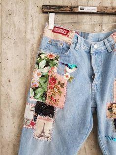 Levi's : Jeans & Denim for Women : Target Vintage Jeans, Jean Vintage, Vintage Outfits, Mode Vintage, Unique Vintage, Levis 501, Levis Denim, Patched Jeans, Estilo Fashion