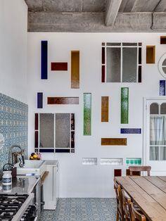 A STUNNING LOFT IN LONDON SET IN AN ART DECO BUILDING