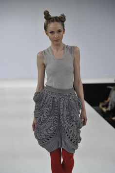 Chunky Knitted Skirt | Knitwear on the Runway