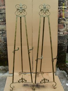 Wrought Iron Painting Console Display Advertising Greeter Easel European
