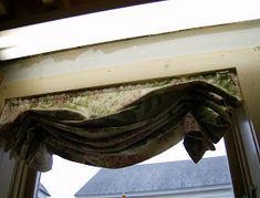 I just finished making insulated Roman shades. I used the existing professionally made Roman shades as a pattern. Thick Curtains, Diy Curtains, Insulated Curtains, Thermal Curtains, Window Coverings, Roman Shades, Insulating Windows, Journey, Top
