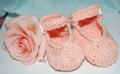 Knitting Patterns Booties Mary Janes for baby in soft smooth stocknit stitch for a finer look. Knit in the… Knitted Baby Boots, Baby Booties Knitting Pattern, Knit Baby Shoes, Knitted Booties, Crochet Baby Booties, Knitted Dolls, Baby Knitting Patterns, Knitting Ideas, Baby Bootees