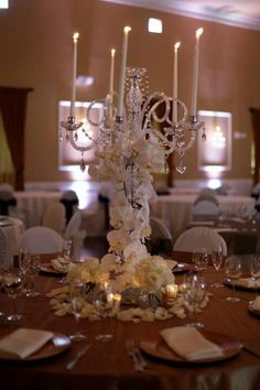 Twisted Willows bridal show centerpiece