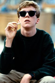 Anthony Michael Hall in The Breakfast Club, Directed by John Hughes 80s Movies, Iconic Movies, Great Movies, Movie Tv, 1980s Films, Anthony Michael Hall, Brian Johnson, Movies Showing, Movies And Tv Shows