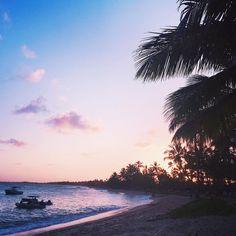 Pôr do Sol em SP. Só que não  Céu lindo na Bahia.  Quero mais Praia do Forte e Salvador, quero mais Amor.