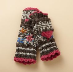 THUMBS UP MITTENS--These fleece-lined finger mittens feature an enclosed thumb to keep your mitts extra cozy.