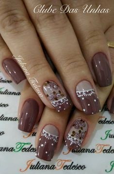 Top fotos e modelos de unhas decoradas unhas marrom, unhas escuras, unhas douradas, Long Nail Art, New Nail Art, Nail Art Diy, Aycrlic Nails, Diy Nails, Glitter Nails, Beautiful Nail Designs, Beautiful Nail Art, Fancy Nails