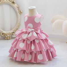 Baby Girl Dress Design, Dress For Girl Child, Kids Dress Wear, Girls Frock Design, Kids Frocks Design, Baby Frocks Designs, Little Girl Dresses, Girls Dresses, Baby Girl Frocks
