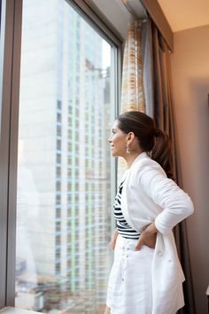 5 Ways to Unwind on Your Next Business Trip - Olivia Jeanette Cambria Hotels, Top Travel Destinations, Sit Back And Relax, Business Travel, Public Transport, 5 Ways, Chelsea, Traveling, Viajes