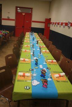 sweet table d 39 anniversaire theme mario id e d co enfants pinterest tables sucr doux et. Black Bedroom Furniture Sets. Home Design Ideas