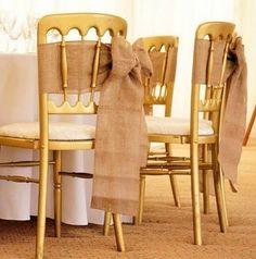 Le noeud de chaise finition ourlée en toile de jute