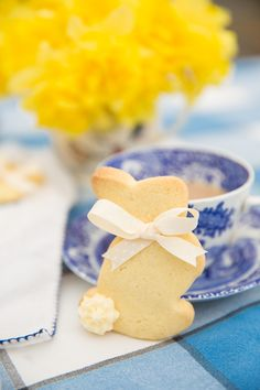 Lemon Buttercream Bunnies – The Londoner
