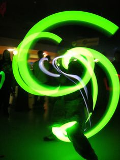 #poi Some awesome neon green #led poi spinning. #anmplay