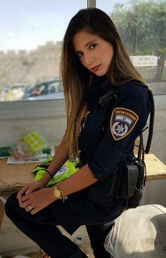 IDF – Israeli Armed Forces – Women IDF – Israeli Armed Forces – Women Source by … Source by awomenn Badass Women, Sexy Women, Idf Women, Female Soldier, Military Women, Girls Uniforms, Armed Forces, Beautiful Women, Lady