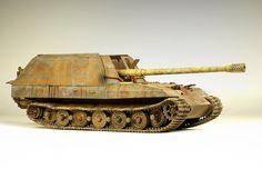 Constructive Comments Discussion Group: Geschuzwagen Tiger Fur 17cm prototype
