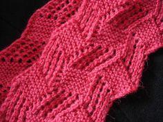 Bom dia, gosto muito de cachecol de tricot, fica mais leve e gasta menos lã, achei este pink numsite chinês, muito lindo não é difícil d...
