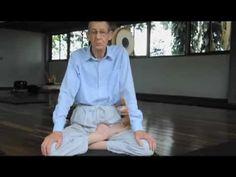 Pourquoi la posture du lotus et comment vous mettre en posture sans vous faire du mal.