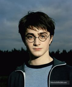 23 Photos Of Daniel Radcliffe Growing Up Before Our Eyes - 23 Photos Of Daniel Radcliffe Growing Up Before Our Eyes Harry Potter And The Prisoner Of Azkaban More - Daniel Radcliffe Harry Potter, Harry James Potter, Harry Potter Tumblr, Harry Potter Icons, Mundo Harry Potter, Harry Potter Pictures, Harry Potter Aesthetic, Harry Potter Cast, Harry Potter Characters