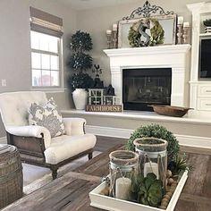 66 best farmhouse living room remodel ideas (23)
