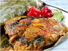 http://weresepmasakan.blogspot.com/2014/07/resep-pepes-ikan-mas-enak.html