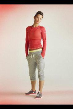 Nice sport outfit #nike---She needs to cover up her belly!! :) But still cute!