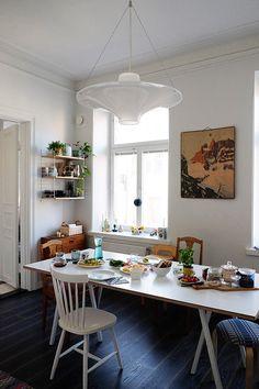 Slow breakfast in a relaxed Helsinki kitchen / Salja Starr - Cosy Home.