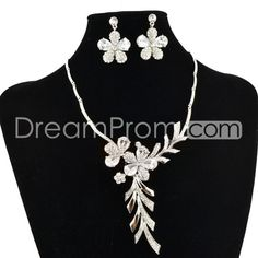 Glamorous Alloy with Flower Shaped Wedding Bridal Jewelry Set   in red, blue, champagne,etc.