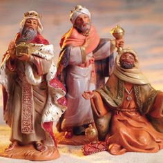 Fontanini 5 Inch Scale 3 Kings - Wisemen These are individual figures, and they go with all the 5 inch scale Fontanini Nativity Sets! Christmas Carols Songs, Christmas Nativity Scene, Christmas Time, Christmas Ideas, Christmas Crafts, Merry Christmas, Christmas Decorations, The Nativity Story, Nativity Sets