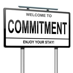 """Se a cultura é a """"cola"""" da equipa, o compromisso é o que faz a equipa trabalhar, ser responsável e ter a necessidade de comunicar os sucessos aos restantes elementos da equipa. Entramos aqui num novo conceito – a disciplina!: http://checkthisout.me/o-compromisso +info: http://atrairclientes.com/"""