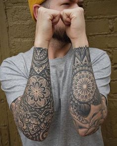 Mandala tattoos have taken the world by storm. What is their symbolism? Read our article to find out the real meaning and beauty of a mandala tattoo. Mandala Elephant Tattoo, Mandala Thigh Tattoo, Mandala Flower Tattoos, Mandala Tattoo Design, Elephant Tattoos, Geometric Sleeve Tattoo, Mandala Sleeve, Tattoo Sleeve Designs, Sleeve Tattoos