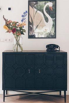 Oriental Pattern, Vintage Looks, Pine, Doors, Interior Design, Stylish, Antiques, Storage, Inspiration