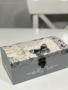 Cajas decoradas decoupage #cajasdecoradas #decoupage #art #servilletas #stencils