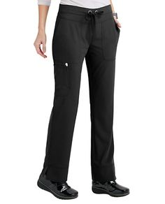 SLIM AND TRIMLuxurious comfort brings out your best when you're at your busiest, and that's what these cargo scrub pants deliver. The modern waist doesn't hold you back when you're on the move, while straight-leg styling, three pockets and four-way stretch guarantee pants with peak performance. Grey's Anatomy Signature Callie 3 Pocket Straight Leg Cargo Scrub Pants Modern waist Drawstring waist Elastic back Side slits Three pockets, including two front patch pocke...