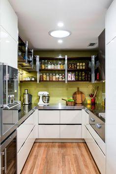 Butler's pantry design ideas. Design by Darren James Interiors (darrenjames.com.au).