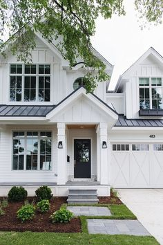White exterior paint color How to choose the right white paint color for exteriors White siding exterior paint color White Farmhouse Exterior, White Exterior Paint, White Exterior Houses, Small House Exteriors, Cottage Exterior, House Paint Exterior, Dream House Exterior, Exterior House Colors, White Houses