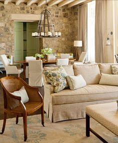 American Country, Architectural Details, Coastal, Colonial, Shingle Style Family Room, Living Room | Bill Ingram Architect | Dering Hall Design Connect In partnership with Elle Decor, House Beautiful and Veranda.