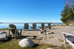 Kingsview Lakehouse on Balsam Lake Cottage Rentals Ontario, Cottages, Cabins, Country Homes, Cottage