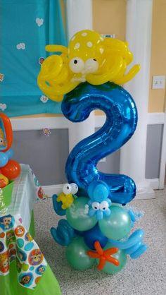 Balloon bubble guppies under the sea sculpture