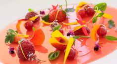 El restaurante Mirazur ascendió del lugar 28 al número 11 de la Guía S. Pellegrino. Su chef, Mauro Colagreco, conversa en torno a su éxito en la gastronomía