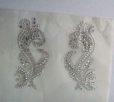 TRIM-SET-WAVE-COLLAR-DESIGN-RHINESTONE-IRON-ON-APPLIQUE-HOT-FIX-TRANSFER