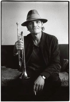 "CHESNEY HENRY ""CHET"" BAKER, JR. 12-23-1929 til 05-13-1988 (58) AMERICAN JAZZ TRUMPETER, FLUGELHORNIST and VOCALIST"