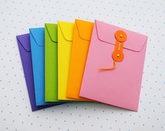 tutorial and template for making these cute little string tie envelopes