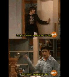 I LOVE drake and josh. I have no idea why me and my older brother are like this. This is literally our brother and sister bond. I'd be Josh and he'd be Drake. Haha Funny, Funny Memes, Hilarious, Funny Gifs, Funny Stuff, Funny Cartoons, Jokes, Funny Things, Nerdy Things