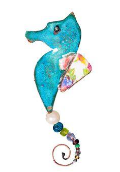 Seahorse bar brooch £29.00