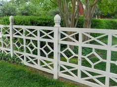 Maybe the most gorgeous fence ever via LUCY WILLIAMS INTERIOR DESIGN BLOG: OUTDOOR INSPIRATION