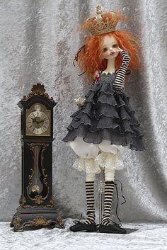 DC Alma by jeanoak (Lililace Originals) Clay Dolls, Bjd Dolls, Doll Toys, Girl Dolls, Gothic Dolls, Paperclay, Creepy Dolls, Doll Repaint, Doll Maker