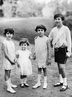 1925 , future King Farouk ,with his sisters Princesses Fawzia,Faika and Faiza