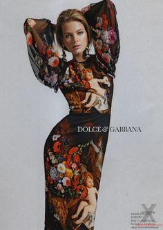 Michaela Hlavackova for Elle Czech October 2012. Dolce Gabanna dress